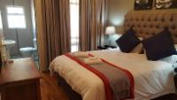Matthew - Superior Room