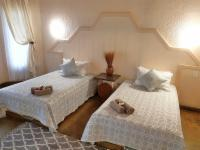Family / Double Twin-Beds - Room 9