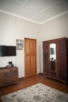 UPSTAIRS Triple Room