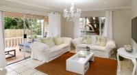 Banana palm luxury cottage
