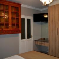 Shalimar Room 2