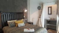 Klein Parys Queen Rooms