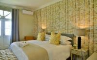 Standard Room 405