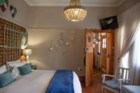 Mirabel Room 2