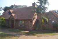 Umkobi Cottage - King Room garden view