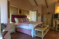 Rozen Honeymoon Suite - (King Bed)