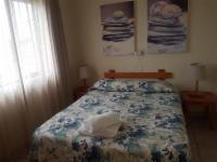 4 Sleeper Beach House (1 bedroom)