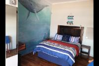 Whale Apartment