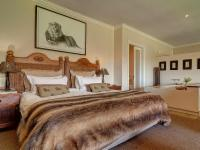 Manor House Honeymoon Suite