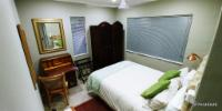 4 Thoroughbred Room